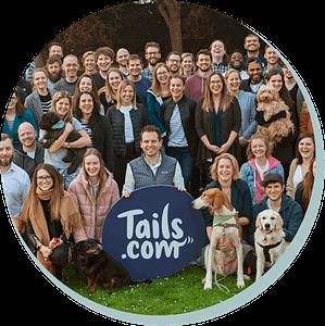 Het team van Tails.com op de foto.
