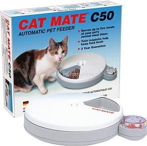 De Cat Mate C50 voerautomaat voor je kat kan ook natvoer aan.